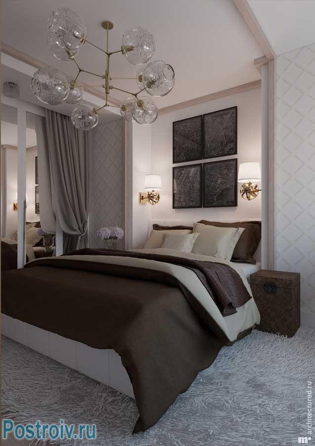 Декорирование спальни модульной картиной и настенными светильниками. Фото 14