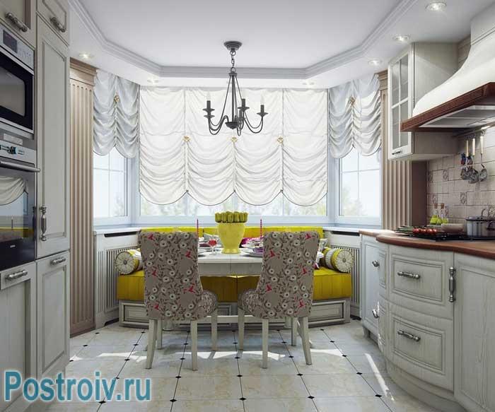 Дизайн кухни с эркером в стиле современная классика