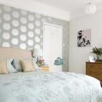 Комбинирование обоев в интерьере спальни акцент стена