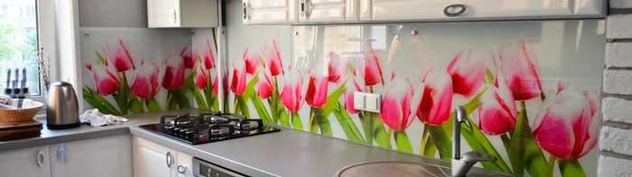Фартук для кухни скинали с рисунком тюльпанов. Фото 1