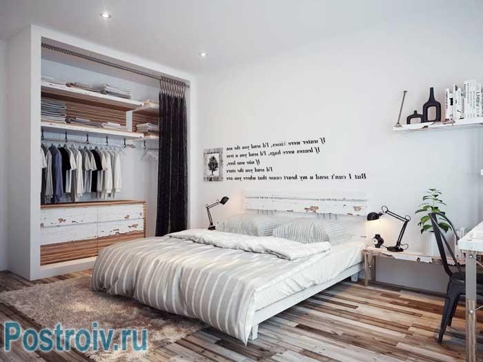 Белые стены в интерьере спальни. Экостиль в полной красе
