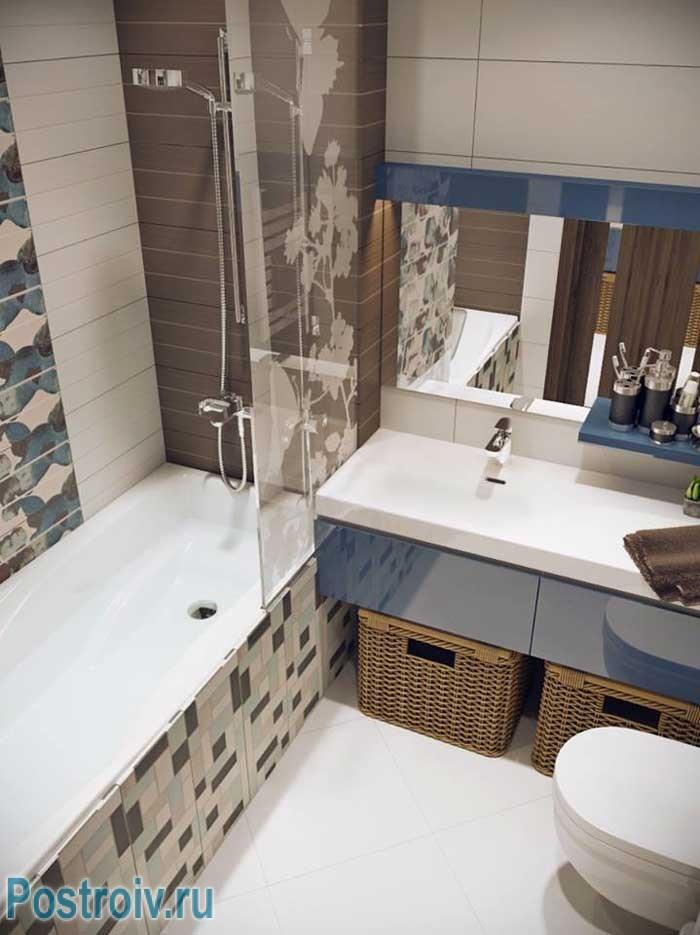 Маленькая ванная 4, 5 кв. м. в хрущевке, вариант отделки с подвесным унитазом