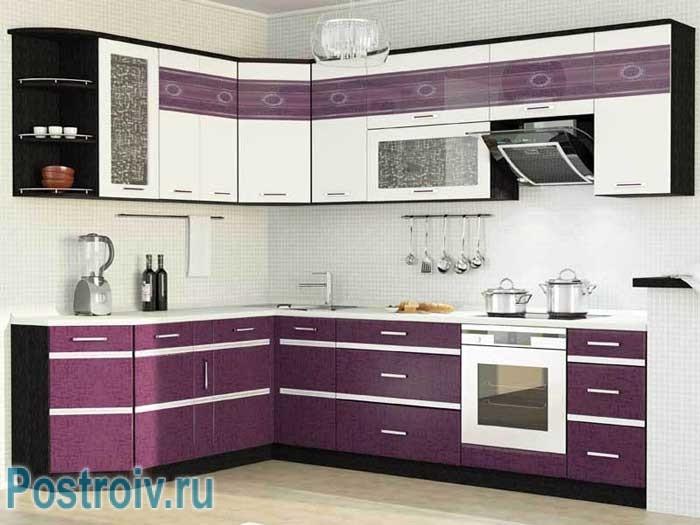 Фиолетовая кухня. Фото