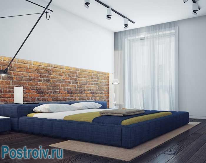 Светлая спальня в стиле минимализм и лофт в современной квартире