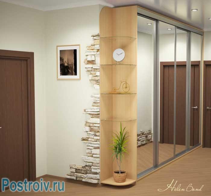 Зеркальный шкаф купе в маленьком коридоре