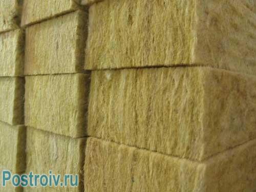 Чем утеплять балкон и лоджию: минеральная вата