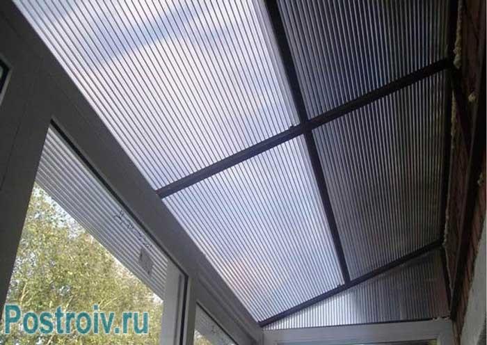 Делаем крышу на теплом балконе из прозрачного пластика - Фото