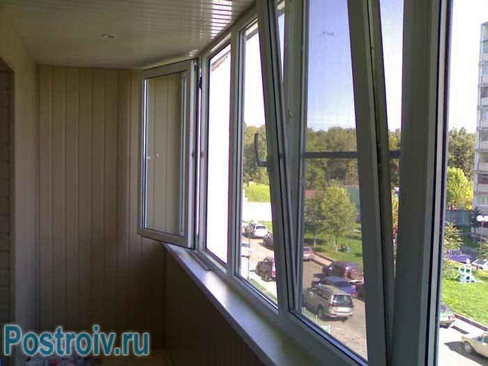 Утепленный балкон с пластиковыми окнами - Фото
