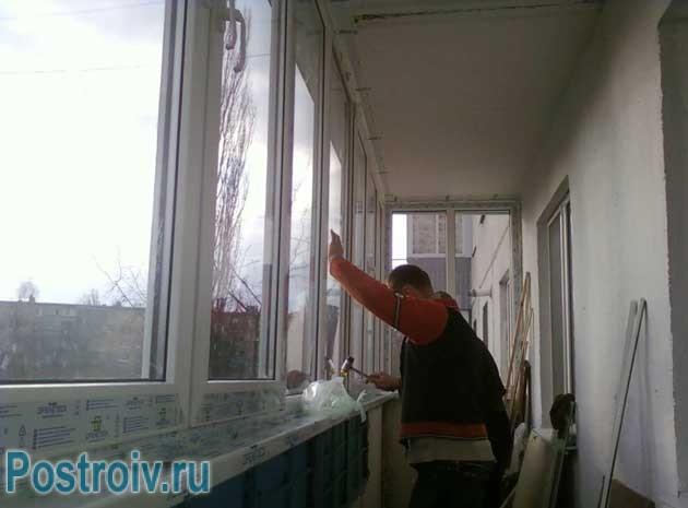Делаем теплое остекление балкона