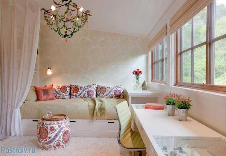 Декорирование маленьких гостиных в разных стилях - Фото