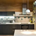 Кухонный гарнитур в 2-комнатной квартире из IKEA. Красиво смотрится