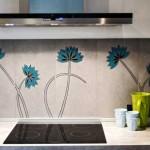 Кухонный фартук с рисунком цветов