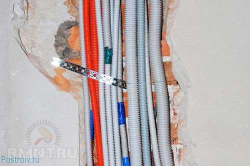 Гофрированная труба для проводки - Фото