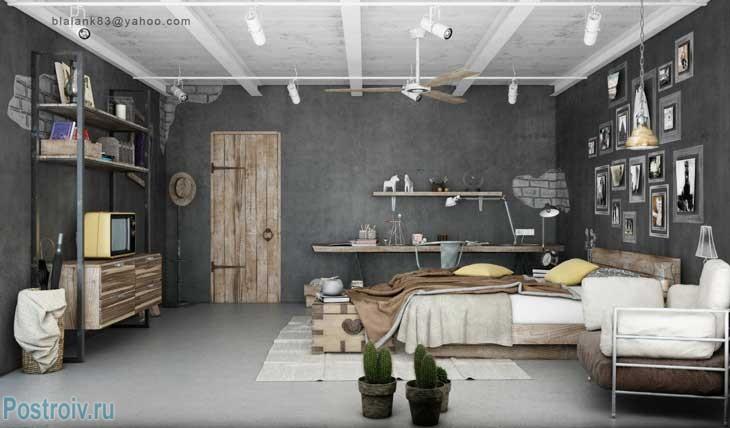 Стены серого цвета и белые балки на потолке. Фото