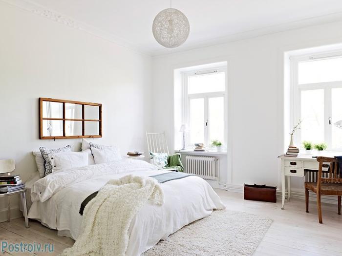 В скандинавской спальне не должно быть нагромождения мебели - Фото 11