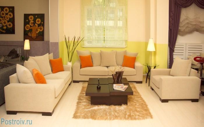Декорирование гостиной комнаты - Фото 22