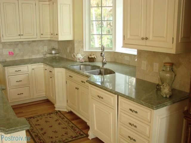 Подоконник - рабочая поверхность на кухне - Фото 08