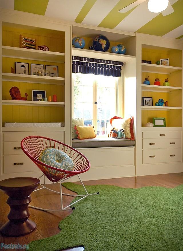 Обустройство подоконника в детсткой комнате - Фото 28