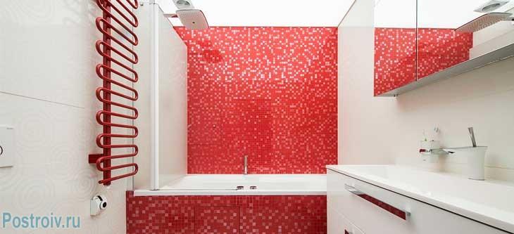 Совмещенный туалет с ванной комнатой. Фото