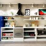 Интерьер 3-комнатной квартиры в стиле лофт. Кухонная зона. Фото