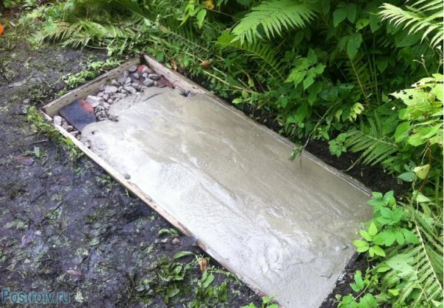 Утрамбованный щебень заливаем бетоном - Фото 61