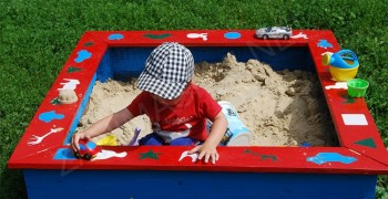 Песочница своими руками. Поэтапная инструкция с фото