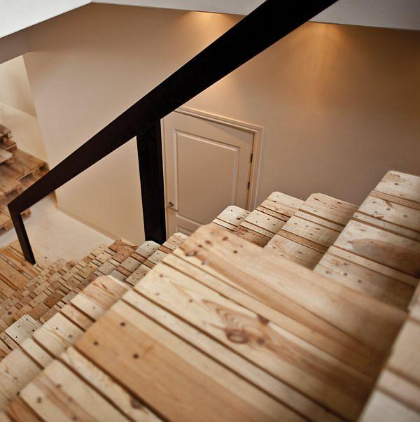 фасада получается лестница из поддонов своими руками фото наклеить