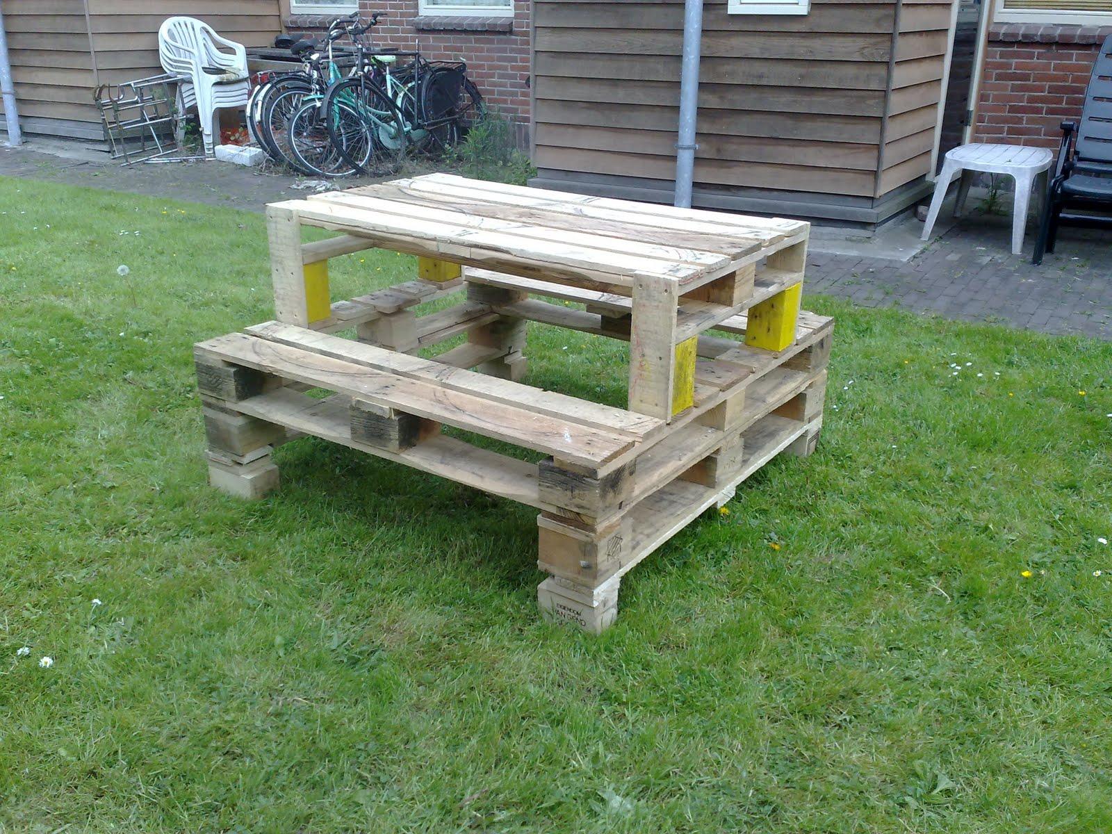 pallet picnicktable - complete