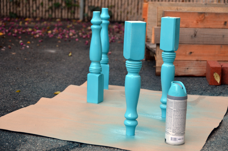 pallet_table_paintlegs_2
