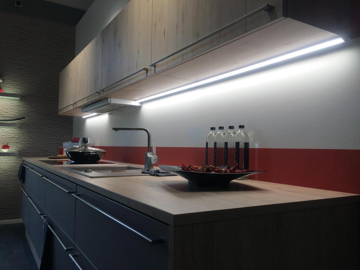 лед освещение кухни