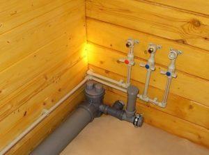Ванная комната в деревянном доме. Как и из чего делать?