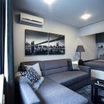 Дизайн гостиной-спальни с кроватью в нише