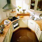 Планировка маленькой кухни нестандартной формы
