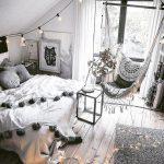 Спальня сканди-бохо