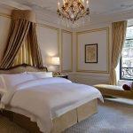 Спальня в классическом стиле