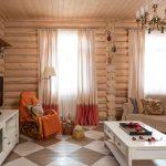 Гостиная внутри деревянного дома