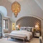 Мебель в спальне классического стиля