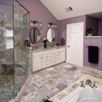 Ванная комната в фиолетовом