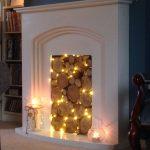 Имитация огня гирляндой в домашнем камине