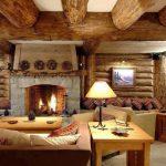 Деревянный дом с камином