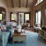 Прованс в доме из бревна