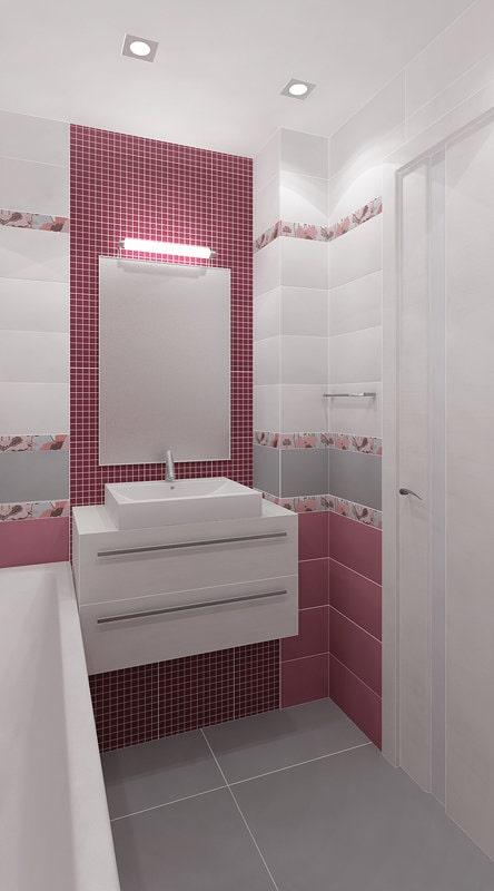 Ванная комната с розовой мозаикой