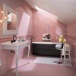 дизайн небольшой розовой ванной комнаты