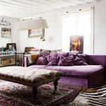 Фиолетовый дизайн для гостиной