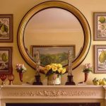 зеркало в гостиной над комодом