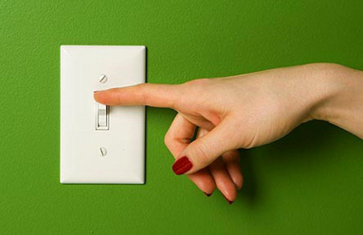 Попробуйте время от времени отключать свет и мобильные устройства. Экология для детей