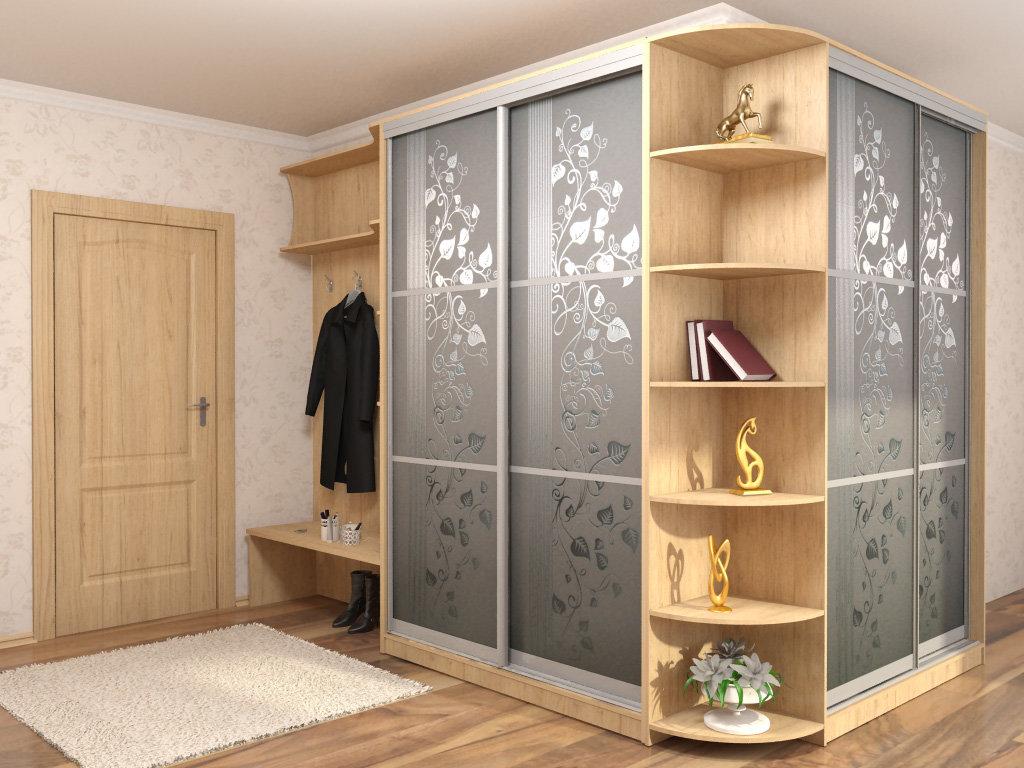Как безопасно хранить одежду в гардеробной?