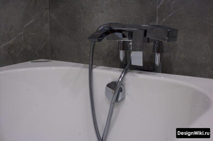 Современный дизайн современных смесителей для ванной комнаты