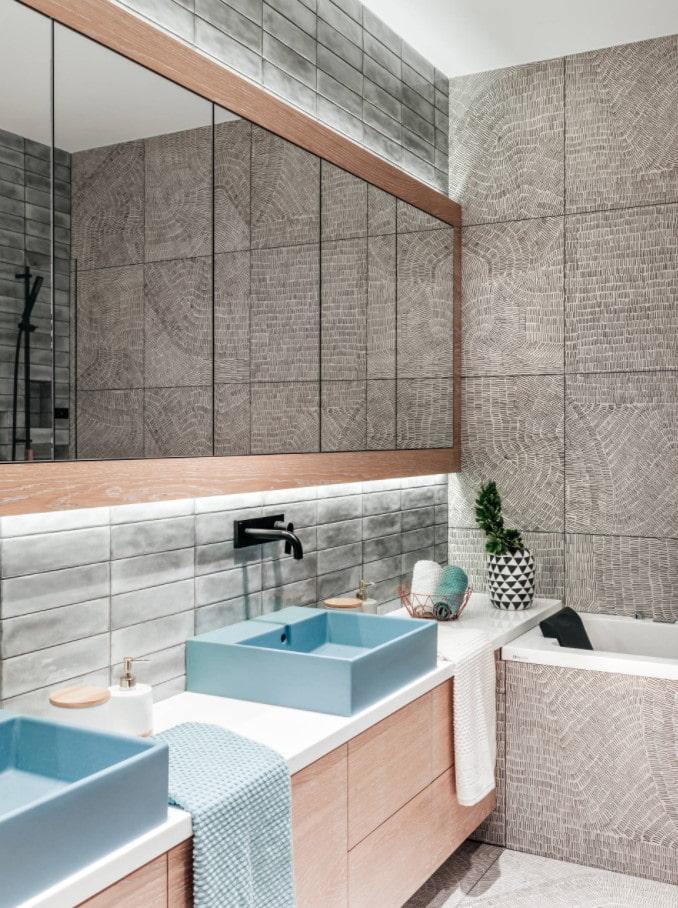 зеркальные шкафы в ванной комнате