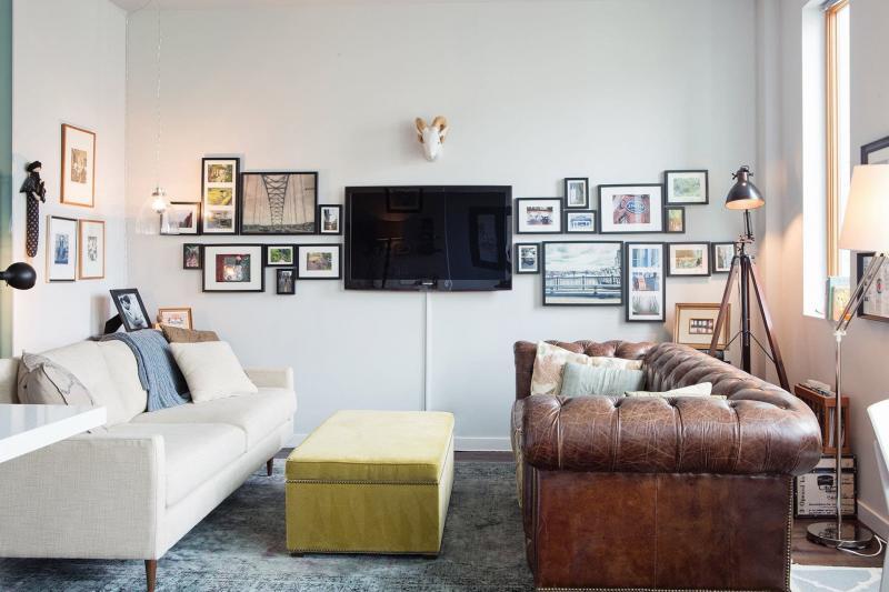 Гостиная 18 м² с угловым диваном (2 дивана) 1